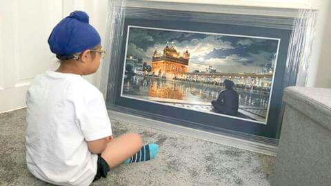 Gian Singh sitting in front of Golden Temple Painting - Bhagat Singh - Sikhism Art - Sarbjit Kaur Collection
